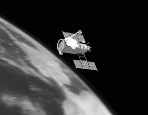 Неполадки и сход с орбиты российского военного спутника